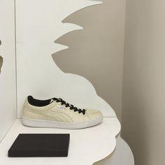 """... crazy price Puma hat einen Schuh aus veganem Ananasleder entwickelt  vegan 1731a 02aca  innovative design Woher bezieht """"PUMA"""" Leder und  Baumwolle ... 87c616033f"""