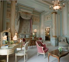 =Suite Impériale at the Ritz Paris - too luxurious but beautiful