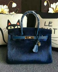 . Women's Handbags & Wallets - amzn.to/2iT2lOF handbags wallets - amzn.to/2jDeisA
