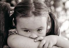 reddribble: ΔΕΝ ΕΧΟΥΝ ΑΝΑΠΗΡΙΑ ΑΛΛΑ ΜΙΑ ΔΙΑΦΟΡΕΤΙΚΗ ΙΚΑΝΟΤΗΤΑ Special Education, Children, Kids, Blog, Face, Kid Kid, Thoughts, Young Children, Young Children
