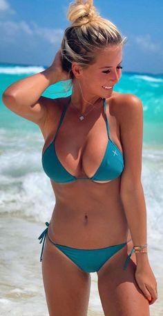 Humor Discover Happiness by Isaac Sherman / Hot Bikini Bikini Girls Body Hugging Dress Lingerie For Men Sexy Jeans Beach Girls Look At You Sexy Hot Girls Gorgeous Women Sexy Bikini, Bikini Girls, Bikini Babes, Mini Bikini, Blue Bikini, Bikini Outfits, Sexy Outfits, Sexy Women, Curvy Women
