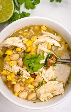 The easiest Zero Point Weight Watchers White Chicken Chili made with chicken breast beans corn and green salsa is hearty filling and super delicious Make it stovetop in t. Ww Recipes, Skinny Recipes, Soup Recipes, Chicken Recipes, Cooking Recipes, Healthy Recipes, Simple Recipes, Healthy Soup, Chili Recipes