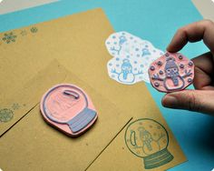 Sweet little Snowglobe hand carved stamp. It would be so fun to switch out the middle stamp :)
