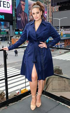 Top Plus Size Models Rocking The World With Their Curves Ashley Graham is one name that tops the list of Modelo Ashley Graham, Ashley Graham Style, Curvy Outfits, Plus Size Outfits, Fashion Outfits, Fall Fashion, Style Fashion, Looks Plus Size, Plus Size Model