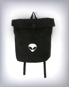 #alien #backpack in black