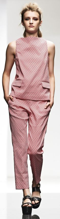 Liviana Conti Spring Summer 2015 Ready-To-Wear collection women fashion outfit clothing style apparel @roressclothes closet ideas