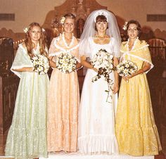 So awesome, I can practically hear John Denver when I look at this. Vintage Bridesmaid Dresses, Western Wedding Dresses, Brides And Bridesmaids, Wedding Attire, Wedding Gowns, 1970s Wedding, Vintage Wedding Photos, Vintage Bridal, Wedding Beauty
