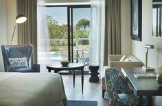 Marcasal colabora con el interiorismo, confecciona todas las cortinas de habitaciones, zonas comunes y salones del Hotel Camiral.