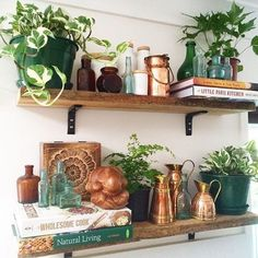 Rustic Bohemian Kitchen Decorations Ideas 6 image is part of 70 Ideas to Create Rustic Bohemian Kitchen Decorations gallery, you can read and see another amazing image 70 Ideas to Create Rustic Bohemian Kitchen Decorations on website Minimalism Living, Kitchen Plants, Interior Minimalista, Boho Kitchen, Copper In Kitchen, Happy Kitchen, Kitchen Art, Kitchen Design, Ideas Hogar