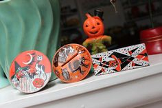 Tin Lithographed Noisemaker rattle Halloween by Plantdreaming