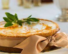 Stress-free zesty cheesecake with orange praline Lemon Cheesecake, Cheesecake Recipes, Fancy Biscuit, Peppermint Crisp, Caramel Treats, Lemon Cream Pies, Good Morning Breakfast, Cream Biscuits, Peanut Brittle