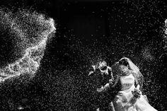 20 Award-Winning Wedding Photographs of 2014 - 1st PLACE | CEREMONY | SPRING 2014 Nacho Mora | LOOK FOTOGRAFIA | Zaragoza, Spain