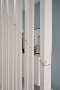 Hejdå spaljé, hej trappräcke! Diy Furniture, House Ideas, Dessert, Design, Home Decor, Decoration Home, Room Decor, Deserts, Desserts