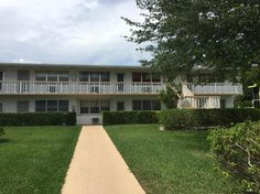 265 Windsor L #265, West Palm Beach FL: 1 bedroom, 1 bathroom Condo residence built in 1972.  See photos and more homes for sale at https://www.ziprealty.com/property/265-WINDSOR-L-_UNIT_265-WEST-PALM-BEACH-FL-33417/20634748/detail?utm_source=pinterest&utm_medium=social&utm_content=home