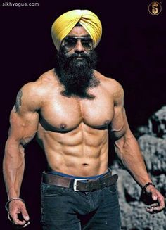 Model: Tejinder Singh ( Prince Bhatia)  #khalsa #turban #workout #pain #gain #sikhvogue #magazine #fashion #photography #fitness #bodybuilding