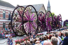 Incredible Creations From The 2017 Flower Parade In Van Gogh's Hometown  Every year, as the first Sunday of September approaches, residents of Vincent Van Gogh's hometown prepare for a massive flower parade that floods the streets with vibrant colors and festive visitors This is Corso Zundert, a volunteer run event that has brought fresh blooms to the Dutch town of Zundert since 1936.