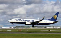 """Ryanair Accused of 'Intimidating' Passengers Trying to Claim Compensation for Canceled Flights 