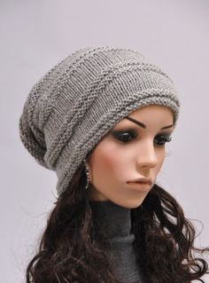 Hand knit slouchy hat in grey от MaxMelody на Etsy