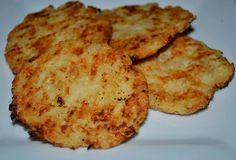 Sajtos-fokhagymás zellergolyók      Sajtos-fokhagymás zellergolyók (Nincs zeller íze)  RECEPT: Hozzávalók:  1 közepes méretű zeller (335 g pucolva) 130 g reszelt trappista sajt (laktózérzékenyeknek: laktózmentes!) csipet sóésSzafi Fitt 100%-os fokhagyma őrlemény  Elkészítés: Diet Recipes, Vegan Recipes, Zeller, Baked Potato, Zucchini, Side Dishes, Bakery, Paleo, Food And Drink