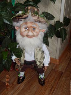 Купить Добрый Гном Лесник - комбинированный, гном, гномы из капрона, феи, текстильные куклы, для интерьера