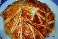 La meilleure recette de Feuilleté au camembert! L'essayer, c'est l'adopter! 4.9/5 (10 votes), 14 Commentaires. Ingrédients: 1 pâte feuilletée 200 g de lardons 2 oignons 1 coulommiers 1 oeuf pour la dorure