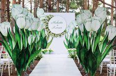 """91 отметок «Нравится», 3 комментариев — Студия декора """"Фея"""" (@feyadeco) в Instagram: «Свадьба с белыми тюльпанами, для Никиты и Ксении  Идея оформления свадьбы """"тюльпановыми""""…»"""