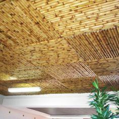 Revestimento de teto em bambu quadriculado