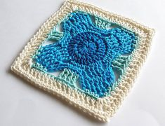 《Week 36 in blues 》I'm so happy with this design. 👍😊 worked just how I expected in my blues. Yarn is Cascade Ultra Pima cotton Pattern details in the future Granny Square Quilt, Crochet Squares Afghan, Granny Square Crochet Pattern, Crochet Blocks, Crochet Motif, Crochet Designs, Crochet Yarn, Crochet Stitches, Crochet Patterns