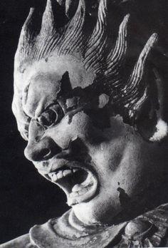 奈良『新薬師寺』 十二神将立像 伐折羅大将 Statue of Vajra, Shinyakushiji Temple, Nara, Japan Japanese Sleeve, Japanese Art, Sculpture Art, Sculptures, Japanese Buddhism, Buddhist Art, Tibet, Psychedelic, Mythology