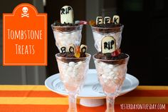 Halloween Tombstone Treats #halloweenfood #halloweentreats #yesterdayontuesday