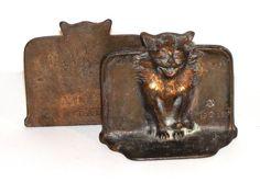 ANTIQUE 1925 SCARY GOTHIC MEDIEVAL CAT BAT BOOKENDS DAL CAST IRON BRONZE DECO