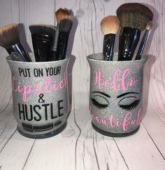 Make Up brush Holder/Makeup/Make up Brush cup/Glitter cups/Custom Make up brush . - Make Up brush Holder/Makeup/Make up Brush cup/Glitter cups/Custom Make up brush holder - Cute Makeup, Diy Makeup, Prom Makeup, Makeup Ideas, Makeup Crafts, Makeup Tools, Makeup Products, Laura Geller, Henna Designs