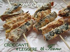 Zucchine croccanti,leggerissime fatte al forno con una panure speziata molto stuzzicante, una ricetta velocissima da fare! Ricetta contorno La cucina di ASI