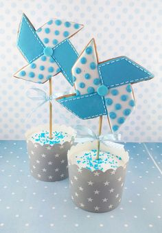 Pinwheel cookie-toppers for cupcakes or a cake.