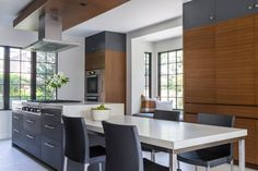 A beautiful kitchen designed by the great team at Hacin + Associates / Builder: Sleeping Dog Properties / Photography by Michael Stavaridis