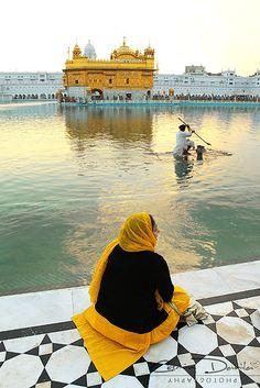 Golden Temple in Amritsar - Punjab, India | Cosmin Danila Photography - I See Beautiful People