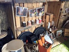 More loose parts for construction at Learning for Leeds Training Base. Construction Area Eyfs, Eyfs Classroom, Outdoor Play Areas, Diy Outdoor Kitchen, Outside Activities, Side Garden, Outdoor Learning, Forest School, Tidy Up