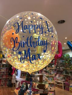Christmas Bulbs, Balloons, Holiday Decor, Birthday, Home Decor, Manualidades, Globes, Birthdays, Decoration Home