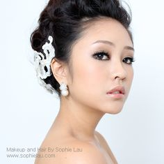 Asian Bridal Makeup  Bridal Hair www.sophielau.com I want that make up for my wedding. So beautiful!