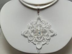 Tatted Lace Pendant in white I really would like to try this. Hey Tonia mom needs your help