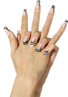Intramontabile #black & #white per l'estate 2015 targata #Trebosi #nailart #manicure #unghie #polish #summer