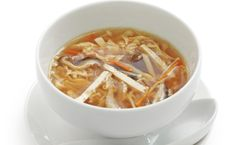 Food Chinese Food Recipes: Hot and Sour Soup. I love hot & sour soup! Slow Cooker Recipes, Crockpot Recipes, Soup Recipes, Cooking Recipes, Recipies, Thai Hot And Sour Soup, Paella, Asian Soup, Soup And Sandwich