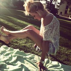 Emily Osment: love the top