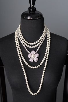 Opening Night with Special Day and Prissy by TheBlingTeam, via Flickr. Premier Designs Jewelry Carolyn Popp