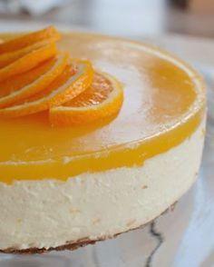 Recept: Sinaasappel kwarktaart met bastognebodem (no bake) – Savory Sweets Orange cheesecake with bastogne base Baking Recipes, Cake Recipes, Dessert Recipes, Food Cakes, Cupcake Cakes, Easy Cake Decorating, Decorating Ideas, Pie Dessert, Sweet Cakes