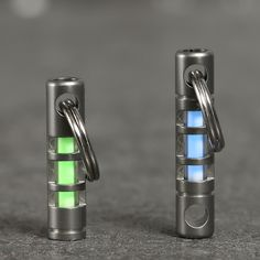 Discover all the details about the TEC Accessories Small Isotope Fobs (2-Pack) and learn about the best flashlights and knives from the Everyday Carry enthusiast community on Massdrop.