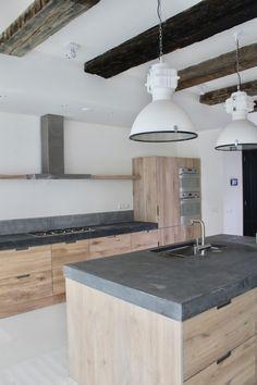 Home Decor Kitchen, Concrete Kitchen, House, Kitchen Remodel, Kitchen Decor, Modern Wood Kitchen, Home Kitchens, Modern Farmhouse Kitchens, Kitchen Design