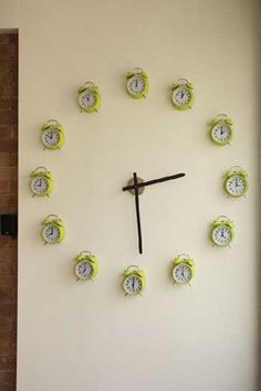 20 Ideas DIY para crear relojes de pared con objetos reciclados. | Mil Ideas de Decoración
