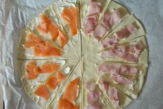 - Best Picture For salat ideen For Your Taste You are looking for something, and it is going to tel - Antipasto, Pita Pizzas, Good Food, Yummy Food, Romanian Food, Appetisers, Snacks, Street Food, Finger Foods