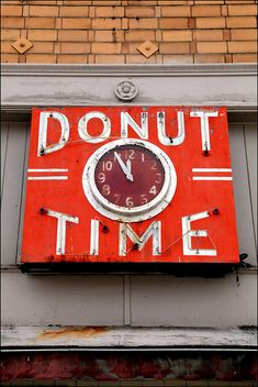 Donut Time ~ Art Deco Neon Sign & Clock